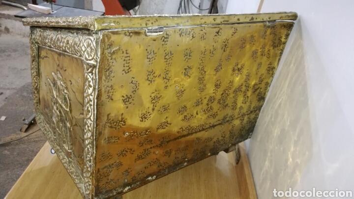 Antigüedades: Caja zapatera dorada de metal - Foto 4 - 144244205
