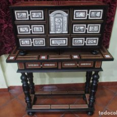 Antigüedades: BARGUEÑO CON MESA . Lote 144253686
