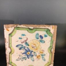 Antigüedades: AZULEJO VALENCIANO MOTIVO FLORAL. SIGLO XVIII. Lote 144324709