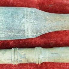 Antigüedades: PAREJA DE MANOS DE MORTERO. MADERA DE OLIVO TALLADA. SIGLO XIX.. Lote 144324902