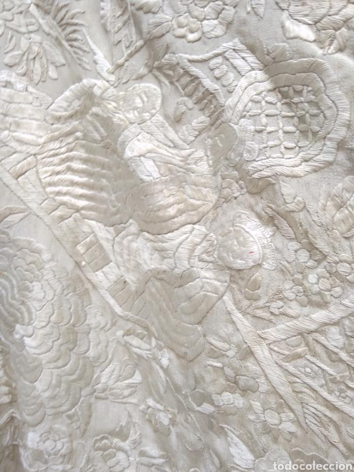 Antigüedades: Mantón Manila siglo XIX , isabelino de seda bordado a mano - Foto 14 - 144443788