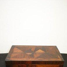 Antigüedades: ANTIGUA CAJA ESCRITORIO DE BARCO. Lote 144446898