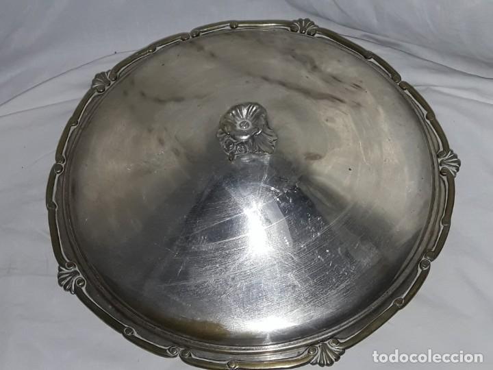 Antigüedades: Gran bandeja redonda con tapa baño de plata 35cm - Foto 6 - 144481650