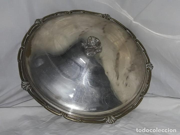Antigüedades: Gran bandeja redonda con tapa baño de plata 35cm - Foto 12 - 144481650