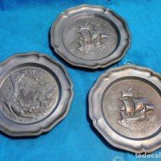 Antigüedades: TRES PLATOS DE METAL. Lote 144576658