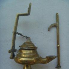 Antigüedades: MUY ANTIGUO Y PEQUEÑO CANDIL DE METAL .. Lote 144578066
