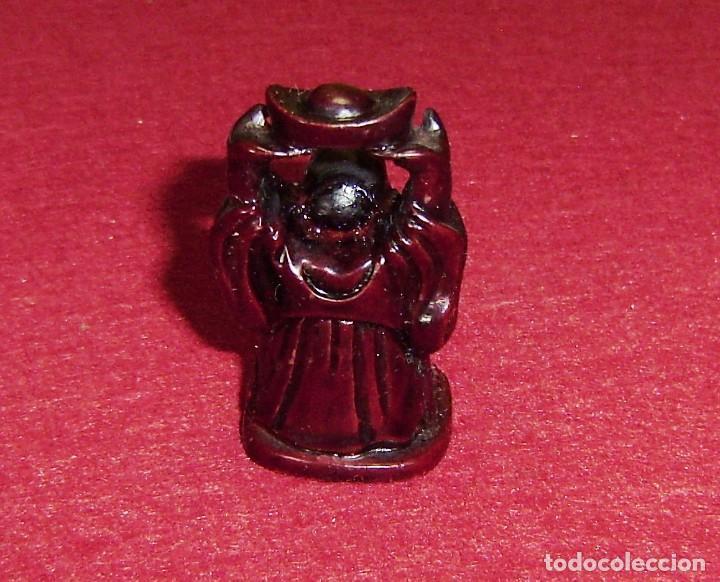 Antigüedades: Pequeño buda en resina.5 cm. - Foto 3 - 144589534