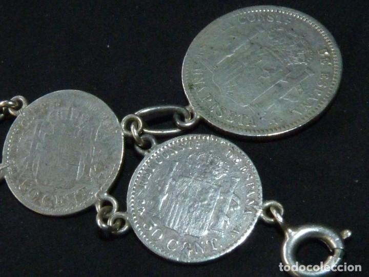 Antigüedades: Bella pulsera moneda 50 centimos 1 pesetaplata Alfonso XIII 1904 1910 coleccion principios XX - Foto 4 - 144624494