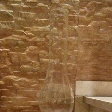 Antigüedades: QUINQUE DE METAL, OPALINA Y CRISTAL. VINTAGE. Lote 144626190