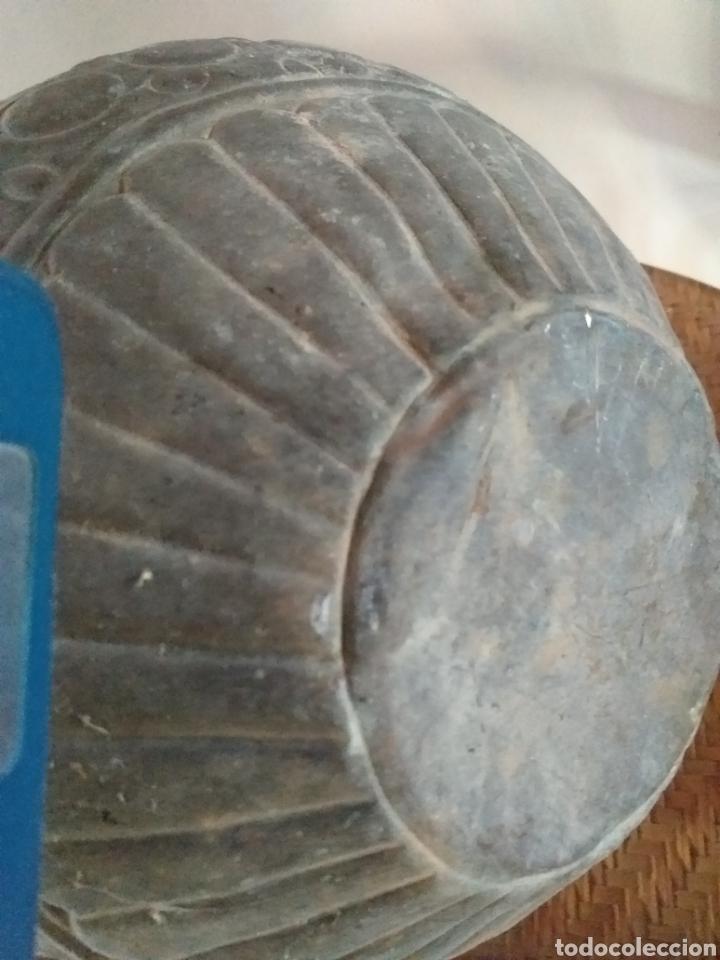 Antigüedades: Antiguo macetero de cobre y laton,decorado seguramente a mano,por sus imperfecciones. - Foto 3 - 144723372