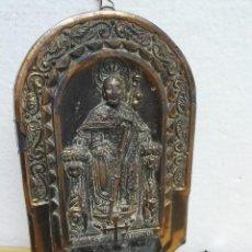 Antigüedades: PILA BENDITERA DE METAL DE SANTIAGO APÒSTOL. Lote 144808034