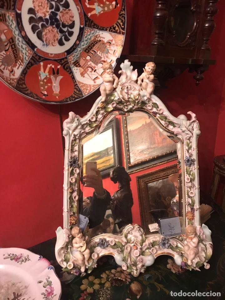 ESPEJO SOBREMESA EN PORCELANA ALEMANA MEISSEN DEL SIGLO XIX (Antigüedades - Muebles Antiguos - Espejos Antiguos)