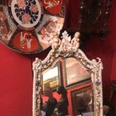 Antigüedades: ESPEJO SOBREMESA EN PORCELANA ALEMANA MEISSEN DEL SIGLO XIX. Lote 144825826