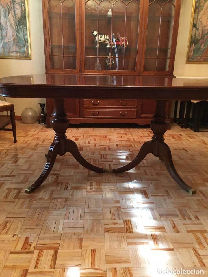 Antigüedades: Mesa de comedor y 8 sillas a juego - Foto 5 - 96804207