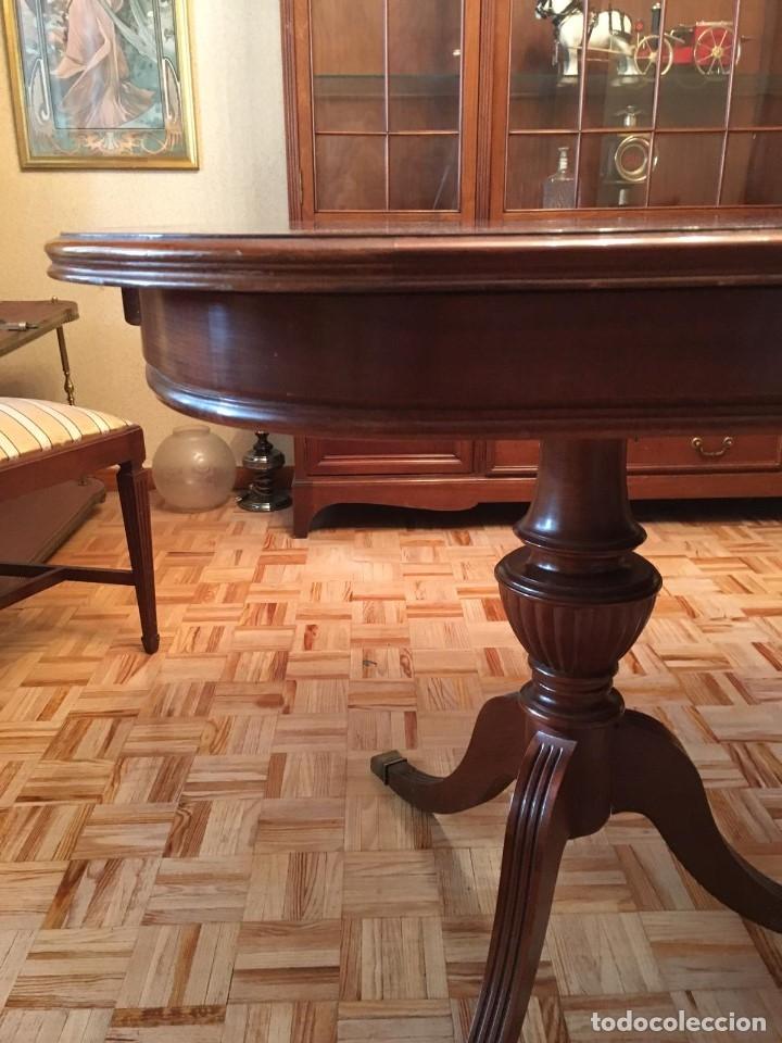 Antigüedades: Mesa de comedor y 8 sillas a juego - Foto 4 - 96804207
