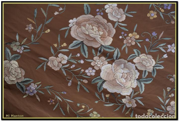 Antigüedades: Mantón de Manila en elegante color visón con bellos colores de flores difuminados - Foto 9 - 144881914