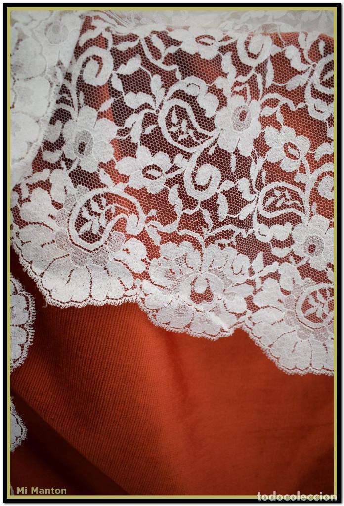 Antigüedades: Mantilla blanca tipo blonda 120 cm x 200 cm - Foto 3 - 144887034