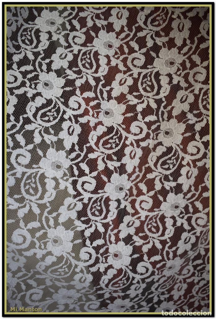 Antigüedades: Mantilla blanca tipo blonda 120 cm x 200 cm - Foto 5 - 144887034
