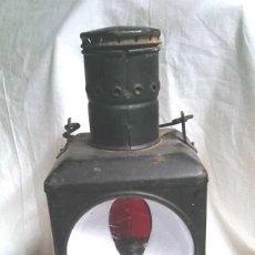 Antigüedades: FAROL FINAL COMBOY ESTACIÓN TREN S XIX, PLANCHA ESMALTADA MARCADO DB 80. MED. 20 X 20 X 47 CM. Lote 144923786