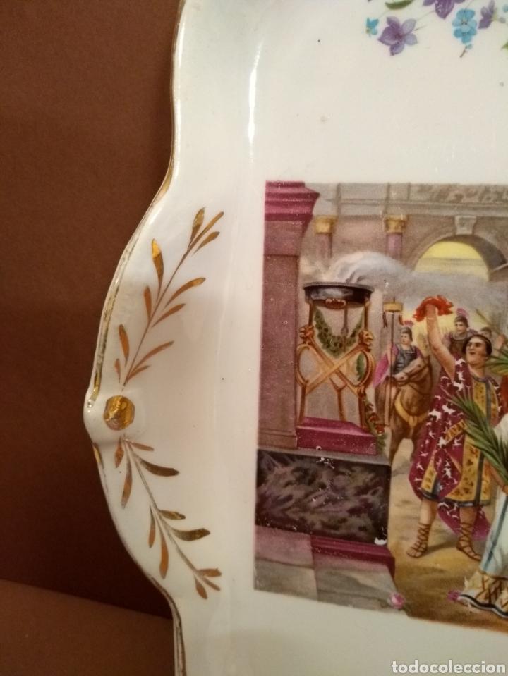 Antigüedades: Bandeja Cartuja Decoración Escena Clásica y Dorados - Foto 3 - 144993004