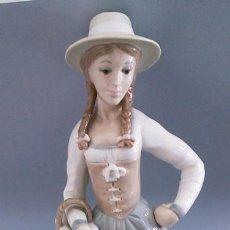 Antigüedades: FIGURA EN PORCELANA ZAPHIN MADE IN SPAIN . Lote 145075698