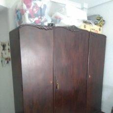 Antigüedades: ARMARIO . Lote 145098338