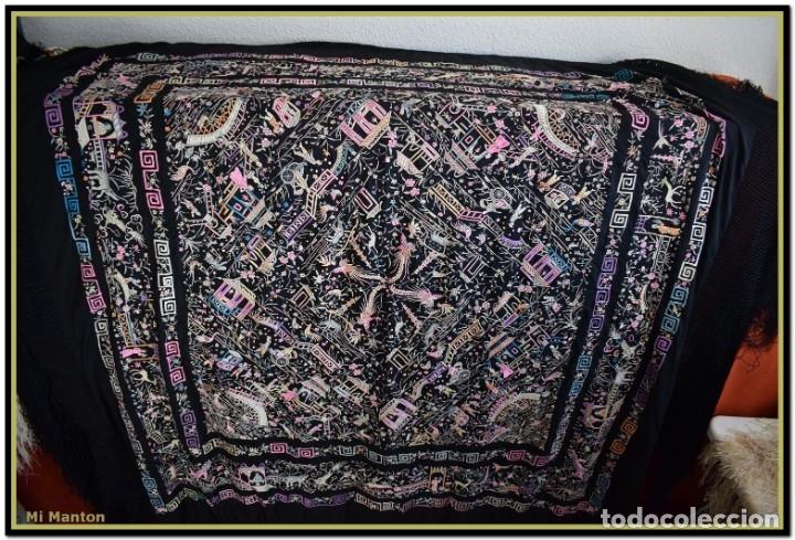 Antigüedades: Mi Manton. Manton de Manila antiguo. raro cantones de chinos tonos rosaceos, azules, y lila - Foto 6 - 145132718