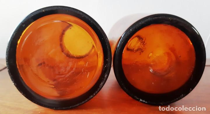Antigüedades: Pareja de frascos de farmácia antíguos de vidrio color ambar - Foto 4 - 145142446