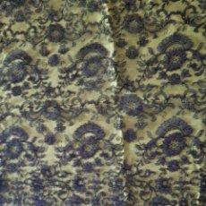 Antigüedades: MANTILLA NEGRA DE GRANDES DIMENSIONES. Lote 145176466