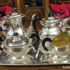 Antigüedades: JUEGO DE CAFÉ Y TE GALLONADO DE PLATA ESPAÑOLA PUNZONADO. SIGLO XX. Lote 145190202