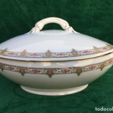 Antigüedades: SOPERA ANTIGUA EN PORCELANA DE LIMOGES SELLO LIMOGES. Lote 145197426