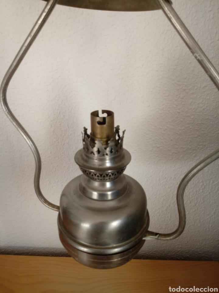 Antigüedades: Lámpara de techo tipo quinqué. Tulipa de opalina - Foto 6 - 145230421