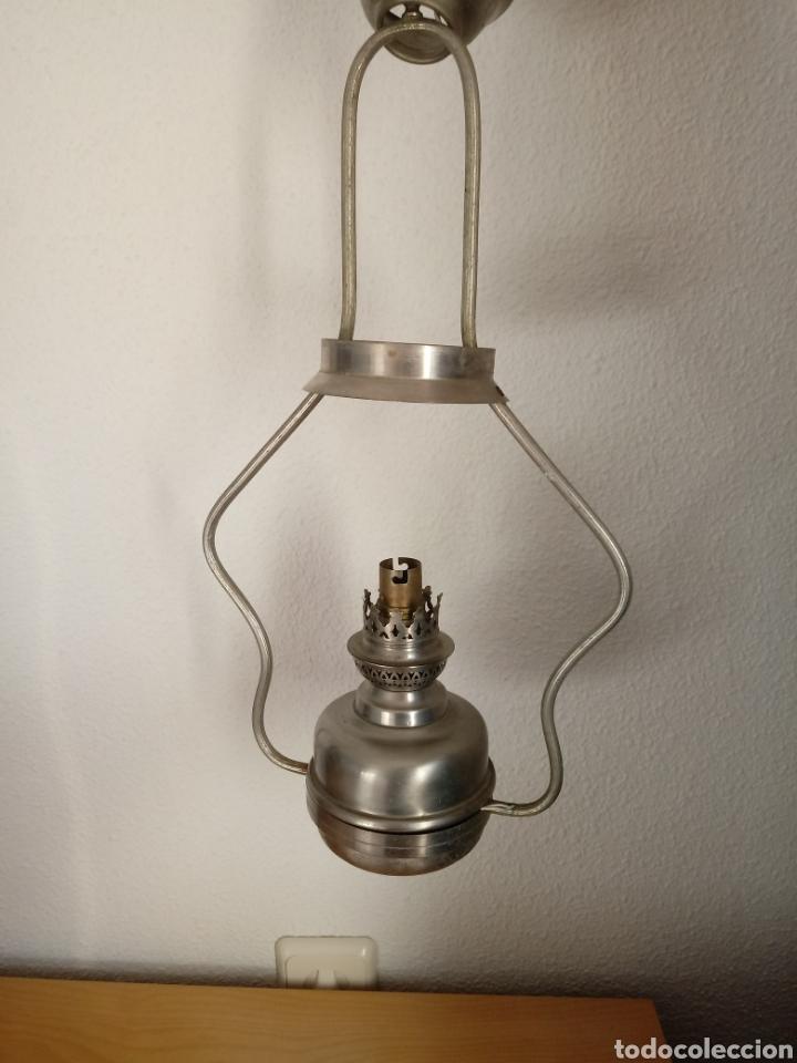 Antigüedades: Lámpara de techo tipo quinqué. Tulipa de opalina - Foto 8 - 145230421