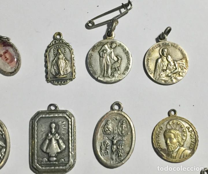 Antigüedades: LOTE DE 28 ANTIGUAS MEDALLAS VARIAS - 80 GRAMOS ( VER LAS FOTOS ) - Foto 3 - 145265178