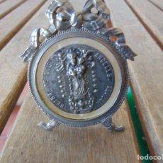 Antigüedades: RELICARIO O SIMILAR DE SOBREMESA VIRGEN REINA DE LOS ANGELES DE ALAJAR HUELVA . Lote 145354198