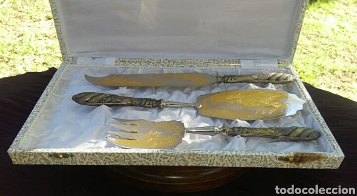Antigüedades: Cubiertos para tarta y pasteles. Plata y oro con grabados en filigrana. Comprados en joyeria. 1940 - Foto 5 - 145375788