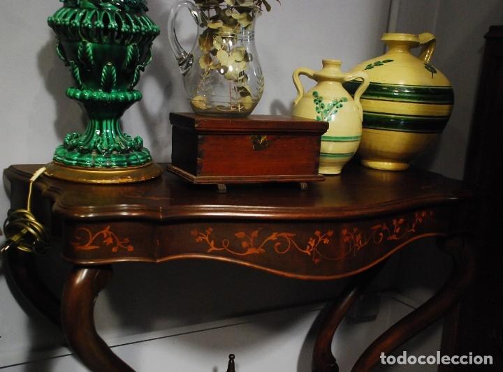 Antigüedades: MUY BONITA CONSOLA CON MARQUETERÍA - Foto 9 - 79985857