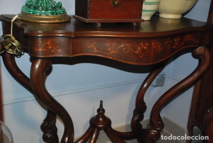 Antigüedades: MUY BONITA CONSOLA CON MARQUETERÍA - Foto 11 - 79985857