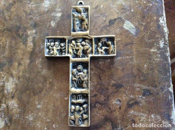 Antigüedades: Crucifijo de bronce 9cmx5cm. - Foto 2 - 145498834