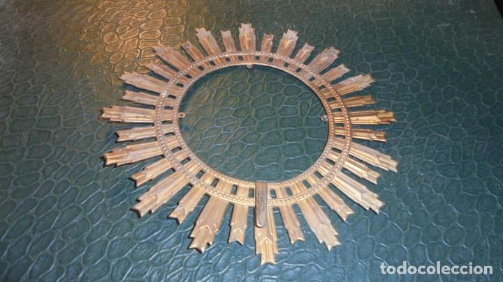 ANTIGUA CORONA DE METAL PARA UN SANTO O UNA VIRGEN 14,5 CM. (Antigüedades - Religiosas - Varios)