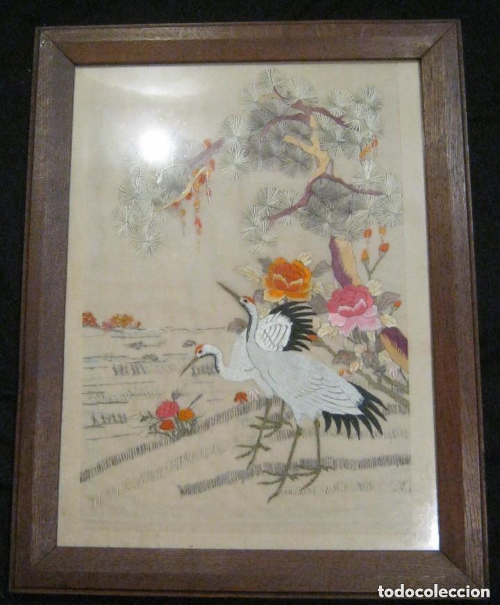 Antigüedades: ANTIGUO BORDADO JAPONES ENMARCADO PPIO,S,XX - Foto 3 - 145538574