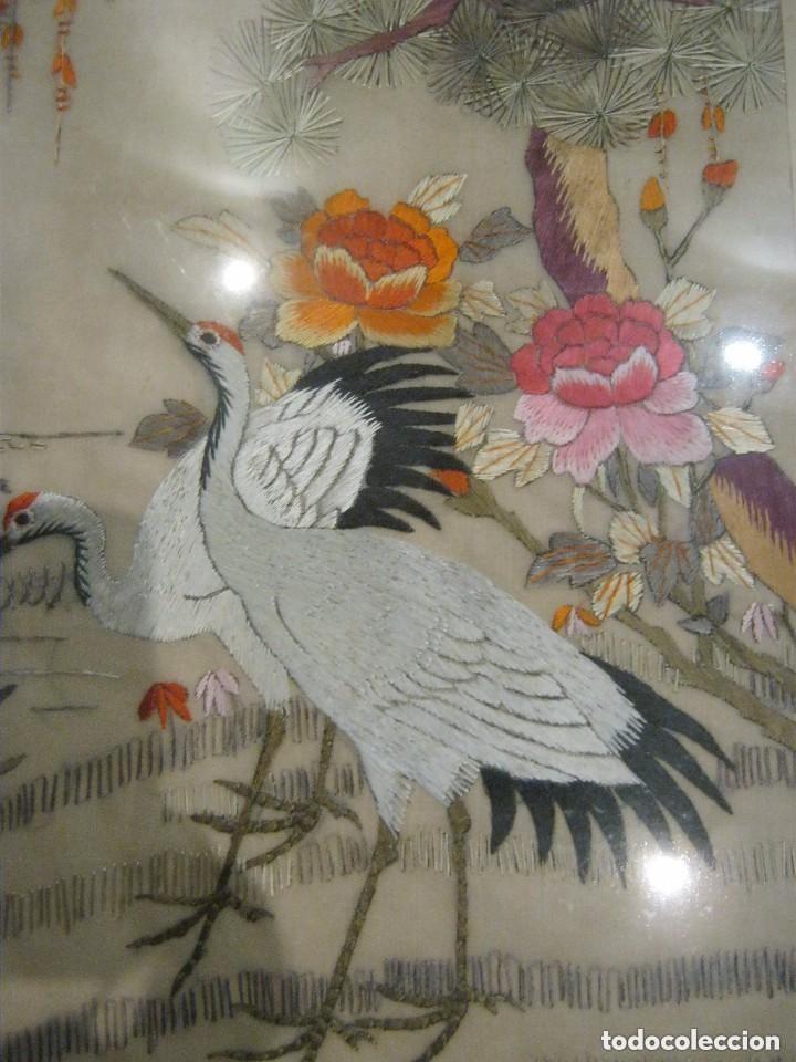 Antigüedades: ANTIGUO BORDADO JAPONES ENMARCADO PPIO,S,XX - Foto 4 - 145538574
