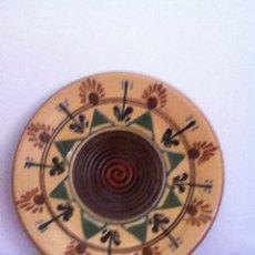 Oggetti Antichi: FUENTE CERÁMICA. LA BISBAL. Lote 145545032