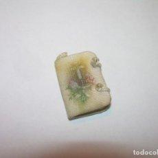 Antigüedades: MINUSCULO ESCAPULARIO - RELICARIO.. DE TELA.RARO POR SU TAMAÑO.. Lote 145584850