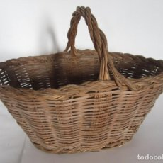 Antigüedades: ANTIGUO CESTO DE MIMBRE CATALAN, PARA RECOGER FRUTA. Lote 145620278