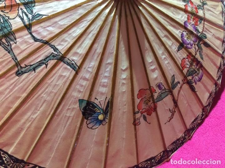 Antigüedades: Sombrilla japonesa, asiática. Papel, madera, pintada a mano. - Foto 2 - 145622714