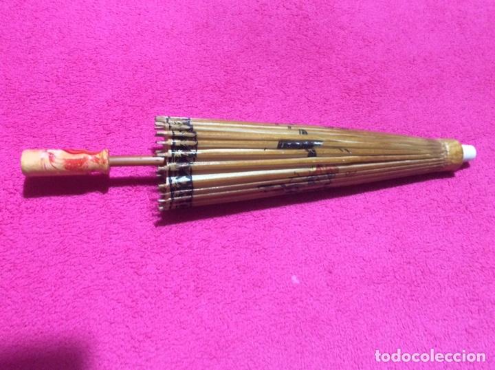 Antigüedades: Sombrilla japonesa, asiática. Papel, madera, pintada a mano. - Foto 8 - 145622714