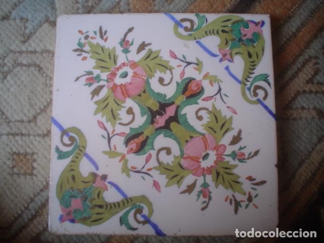 MUY ANTIGUO Y GRANDE AZULEJO MANISES XIX ? (Antigüedades - Porcelanas y Cerámicas - Otras)