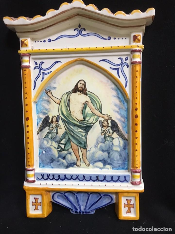 TEJADILLO BENDITERA CERÁMICA DE TALAVERA (Antigüedades - Porcelanas y Cerámicas - Talavera)
