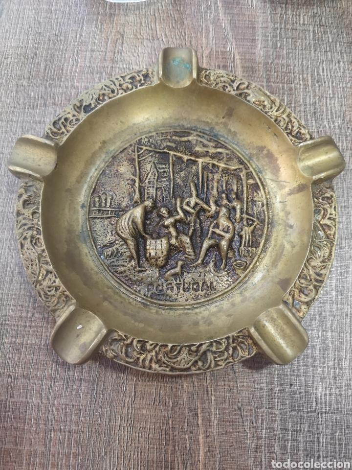 CENICERO BRONCE PORTUGAL (Antigüedades - Hogar y Decoración - Ceniceros Antiguos)